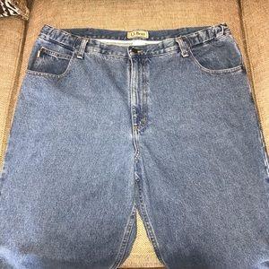 L.L. Bean Jeans - EUC L L Bean Comfort Waist Jeans Size 40.